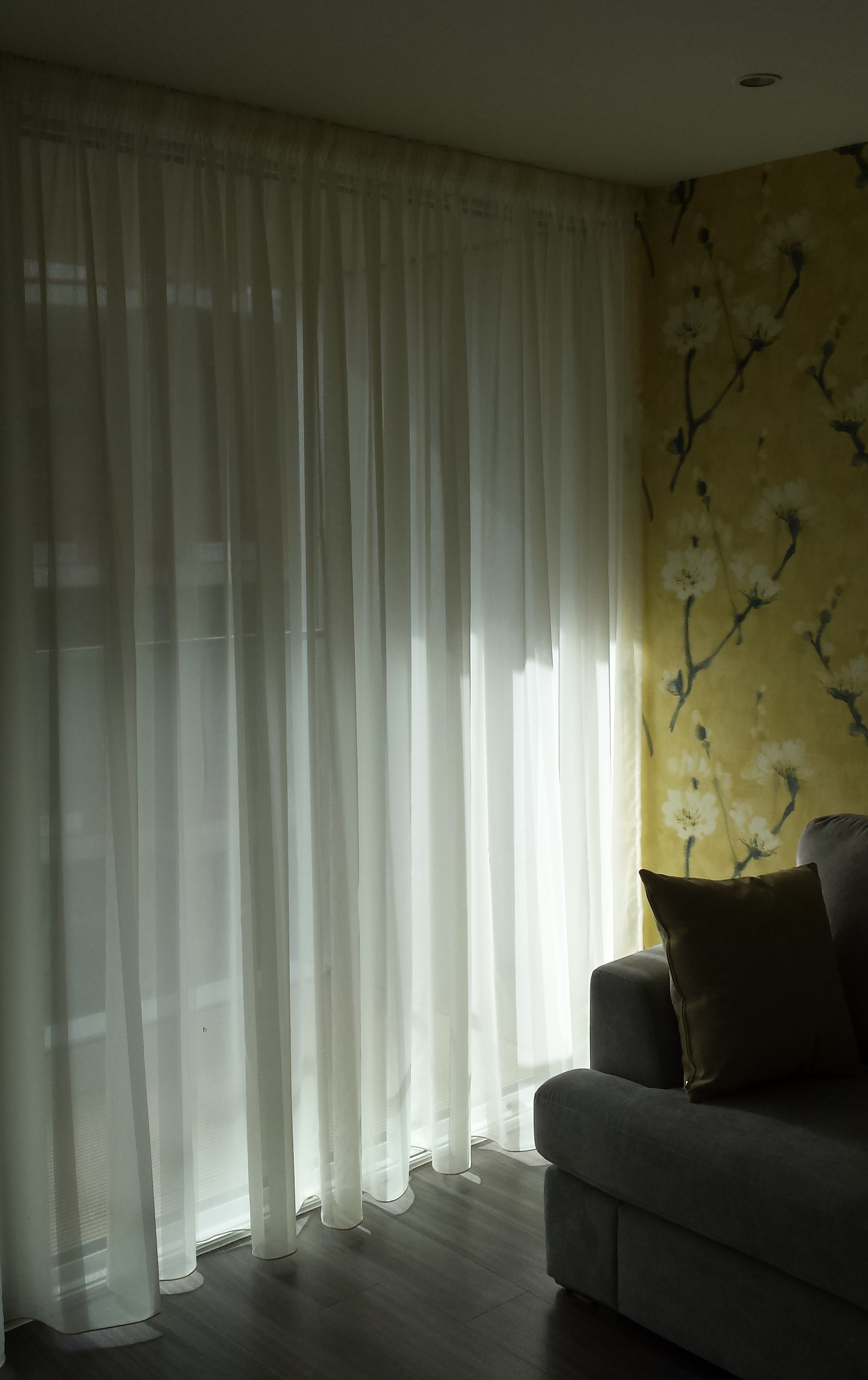 Window Treatments Curtain Tracks And Blind Fitter In London